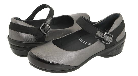 Womens Dansko Shoes Size 40