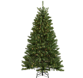Living 6 12 ft Spruce Pre lit Christmas Tree Only  48 at Lowes 2N5TSW50