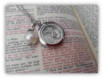 faith-charm-necklace