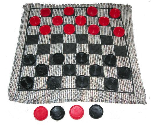 Jumbo Checker Rug Game - m