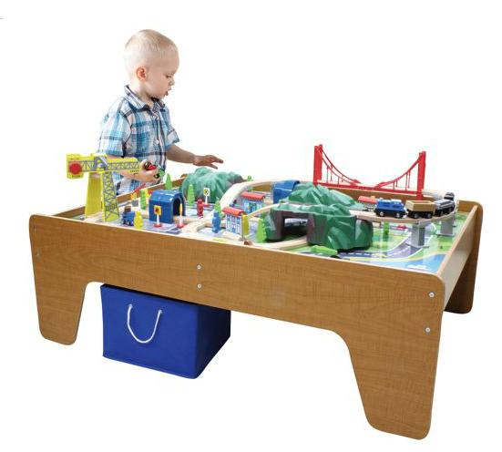 mountain-train-table