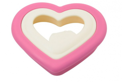 heart-shaped-sandwich-cutter