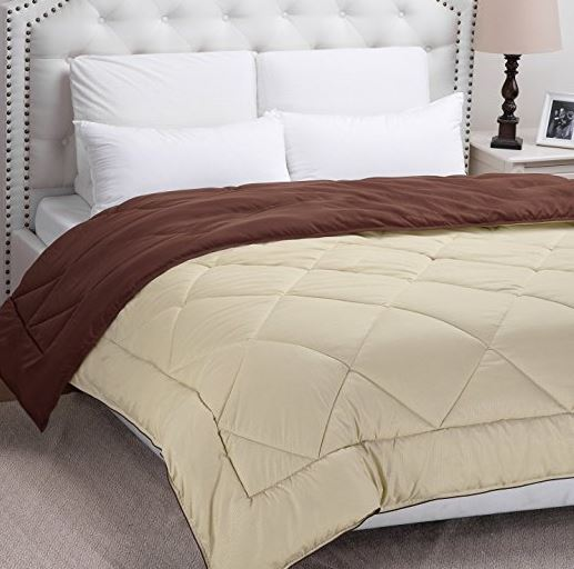 Hurry On Over To Grab This Very Highly Rated King Size Bedsure Designs Reversible Down Alternative Comforter With Corner Ties